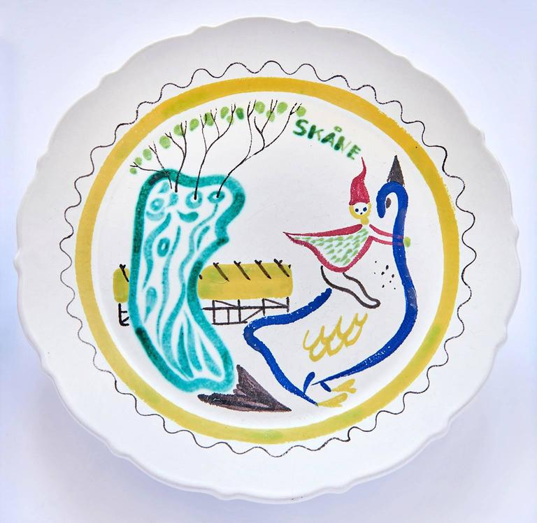 Mid-20th Century Set of Nine Hand-Painted Faience Dinner Plates by Stig Lindberg For Sale