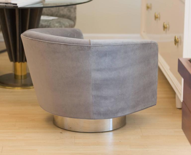 Pair of Milo Baughman Bucket Swivel Chairs 4