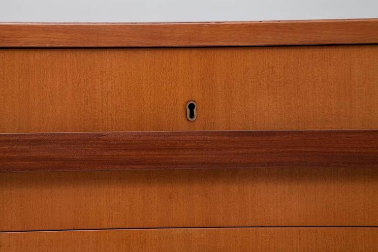 1960s Italian Modernist Sideboard 10