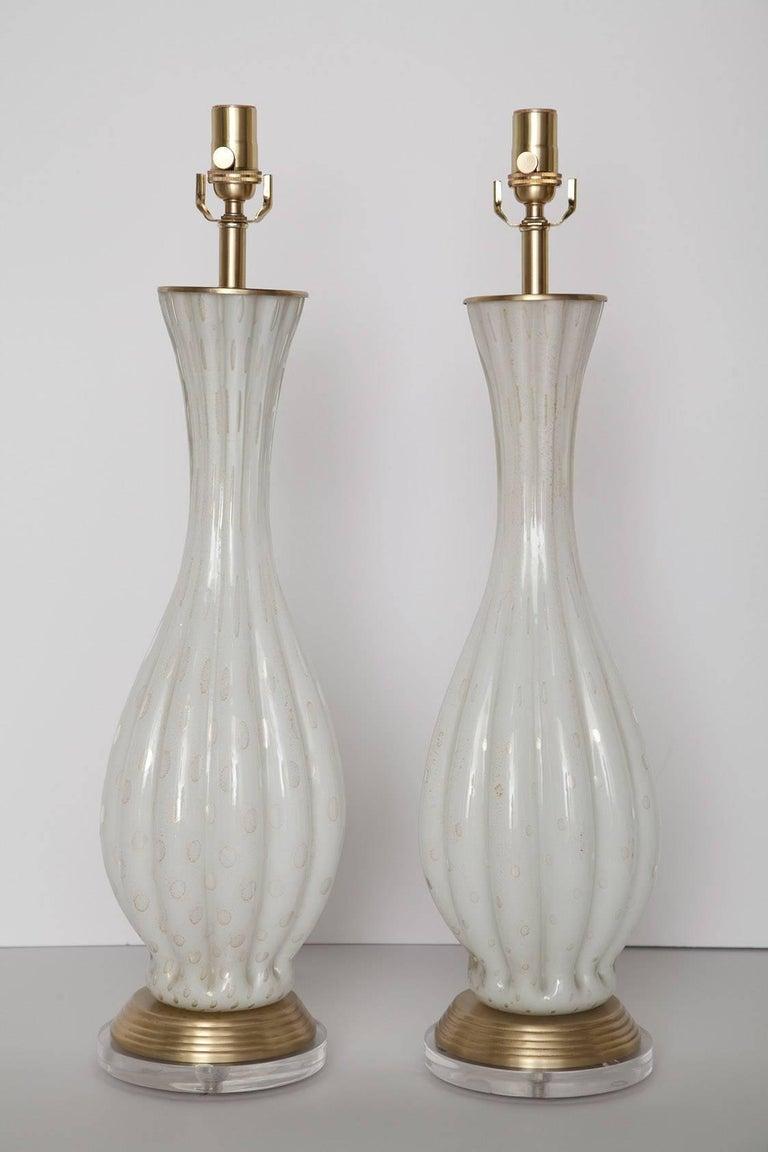 Fully Restored White Bullicante Murano Glass Lamps with Gold Leaf, circa 1960 2