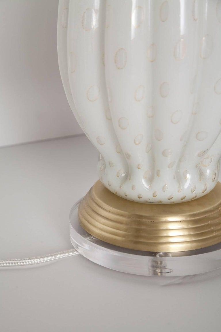 Fully Restored White Bullicante Murano Glass Lamps with Gold Leaf, circa 1960 9