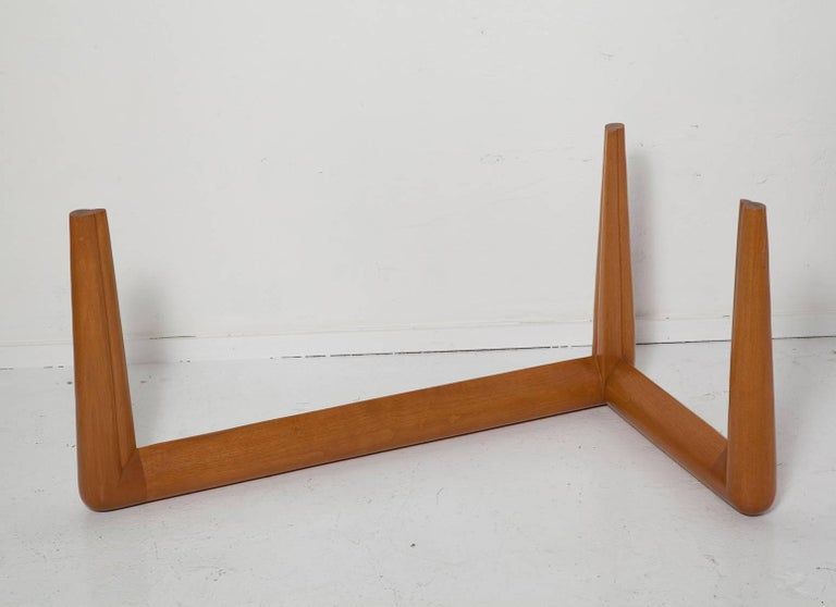 Mid-20th Century Biomorphic Coffee Table by T. H. Robsjohn-Gibbings, circa 1955 For Sale