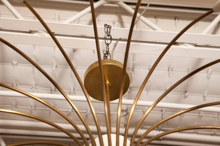 Large 18-Light 1950s Italian Brass Spider Chandelier in the Manner of Stilnovo In Excellent Condition For Sale In North Miami, FL