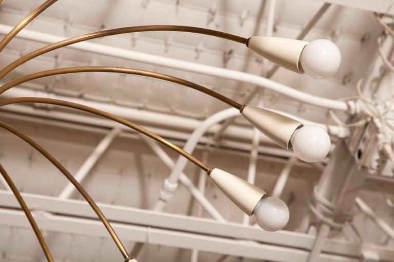 Large 18-Light 1950s Italian Brass Spider Chandelier in the Manner of Stilnovo For Sale 2