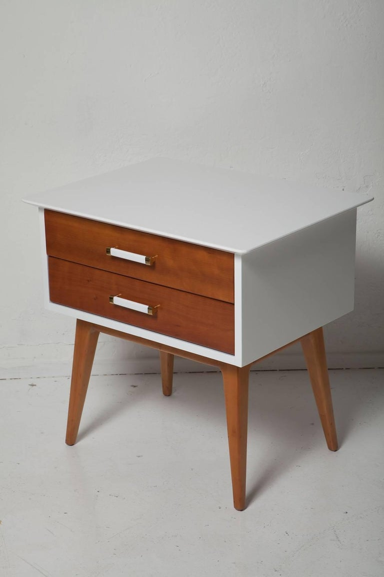 Mid-Century Modern Pair of 1950s Cherrywood Nightstands by Renzo Rutili for Johnson Brothers For Sale
