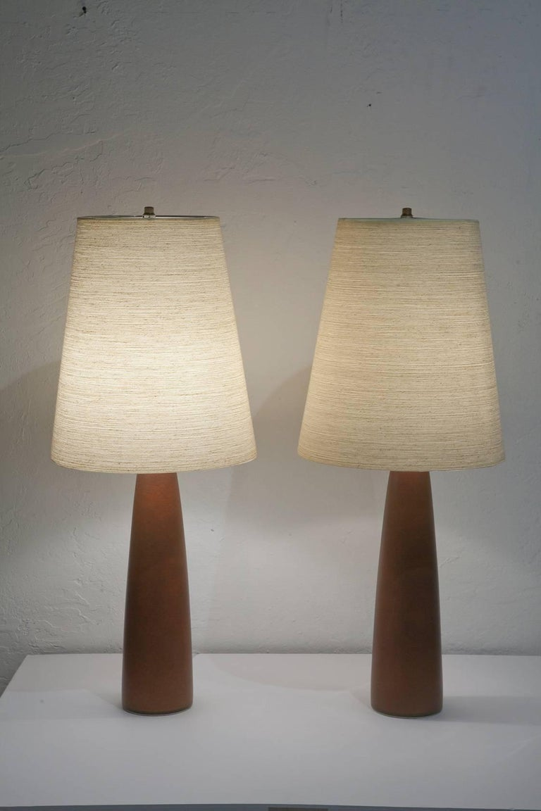 Pair of Ceramic Lamps by Lotte and Gunnar Bostlund For Sale 3