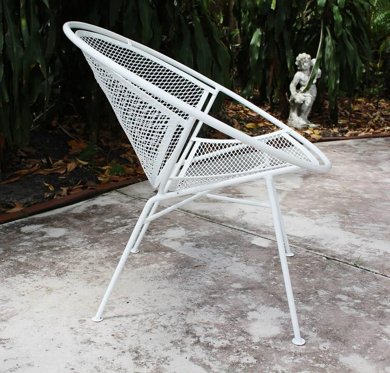 Powder-Coated Pair of Loungers with Detachable Foot Rests by Maurizio Tempestini for Salterini For Sale