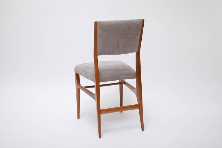 Mid-Century Modern Set of Four Dining Chairs by Gio Ponti for Singer & Sons For Sale