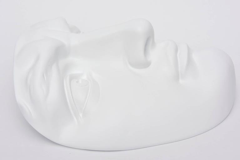 Mid-Century Modern White Resin and Plaster Face Wall Sculpture For Sale