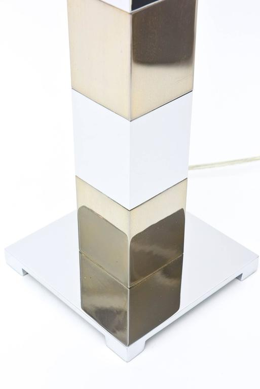 Late 20th Century Karl Springer Style Alternating Brass and Chrome Cube Column Table or Desk Lamp For Sale