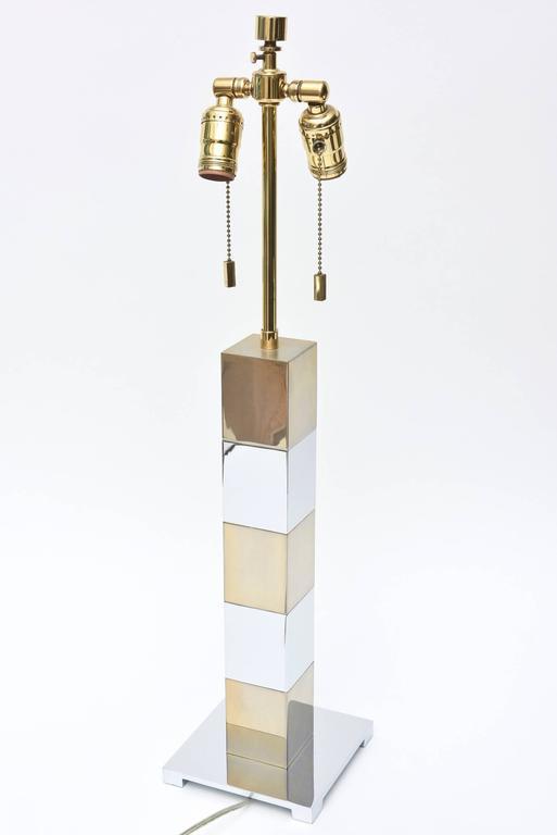 Karl Springer Style Alternating Brass and Chrome Cube Column Table or Desk Lamp For Sale 3
