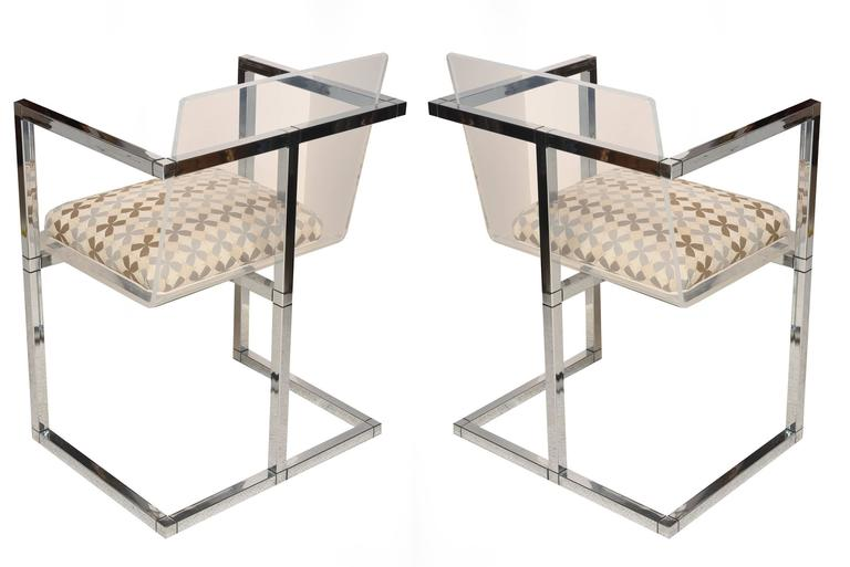 Modern Pair of Lucite and Polished Chrome Architectural Side Chairs For Sale