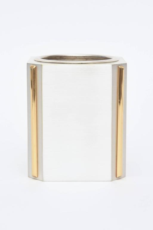 Italian Gucci Brushed Silver Plate and 24-Carat Gold-Plated Pen/Pencil Holder For Sale 1