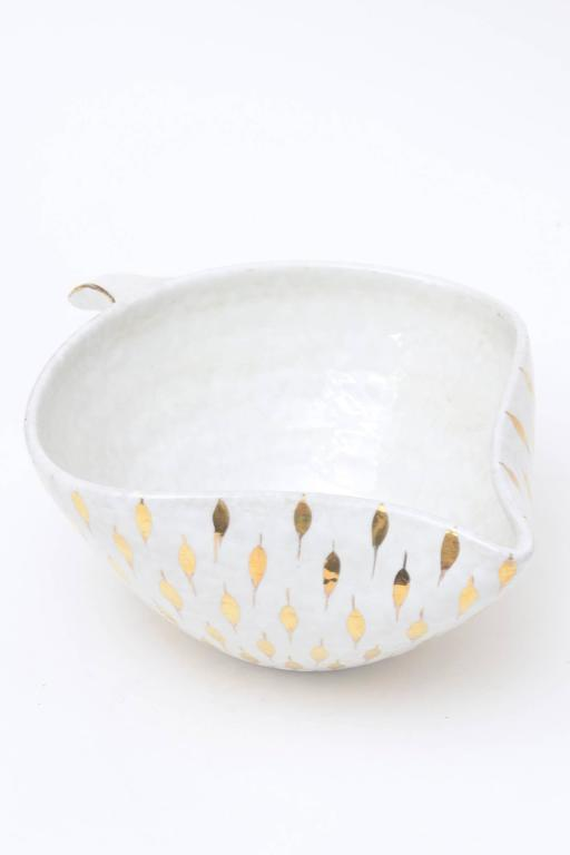 Mid-20th Century Aldo Londi For Bitossi Feather Plume Ceramic Bowl Vintage For Sale