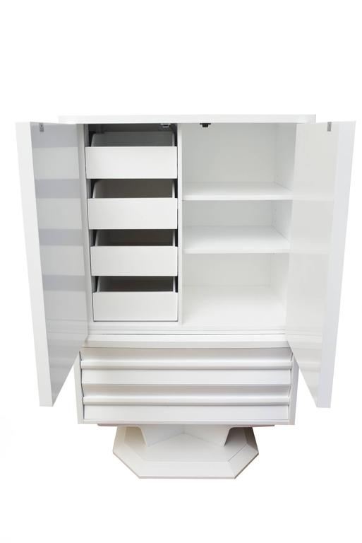 Brutalist White Lacquer over Wood Gentlemen's Chest Cabinet or Dry Bar Vintage For Sale
