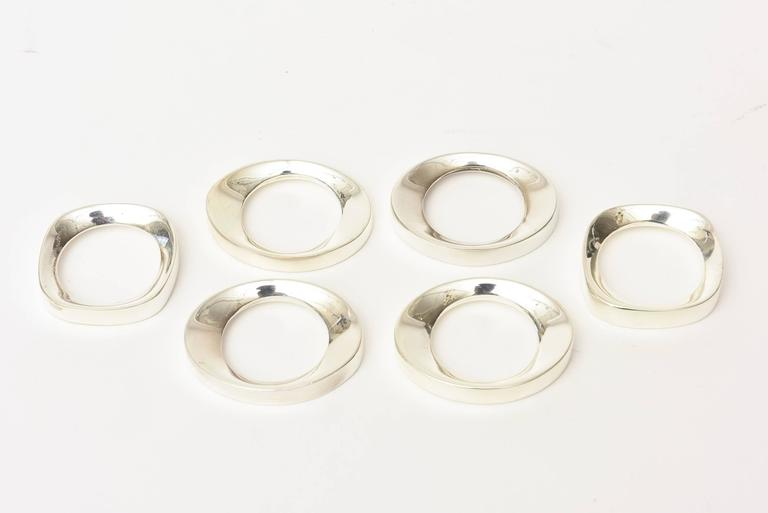 American Set of Six Vintage Silver Plate Modernist Sculptural Napkin Rings For Sale