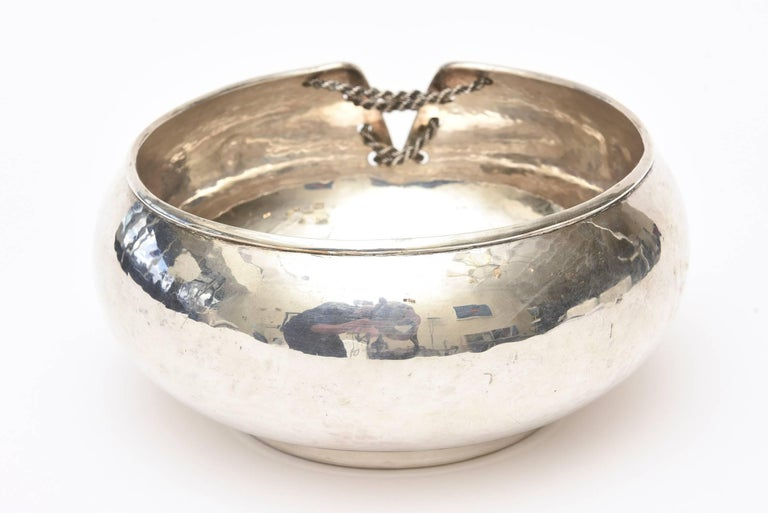 Sterling Silver Lace Up Chain Bowl or Wine Caddy Italian Barware Vintage For Sale 2