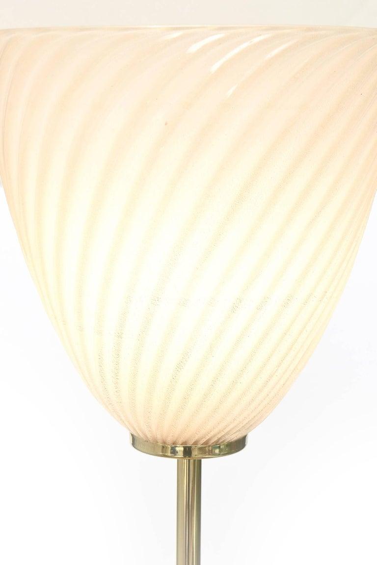Murano Seguso Glass Floor Lamp with Brass Column Mid-Century Modern For Sale 3