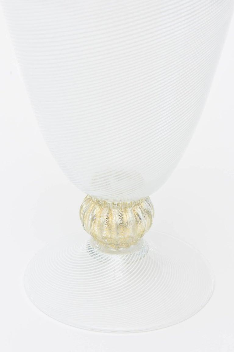 Mid-20th Century Murano Seguso Filigrana Decanter with Original Stopper/Barware For Sale