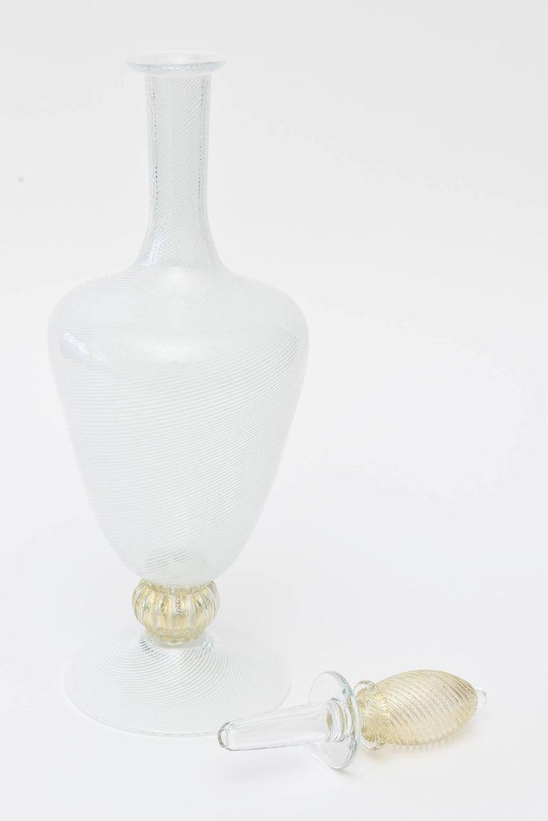 Murano Seguso Filigrana Decanter with Original Stopper/Barware In Good Condition For Sale In North Miami, FL