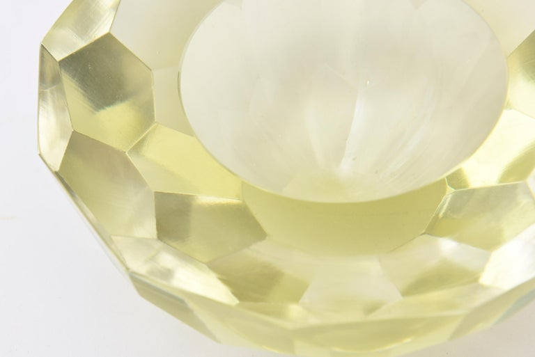 Late 20th Century Vintage Italian Murano Diamond Faceted Geode Sommerso Glass Bowl For Sale