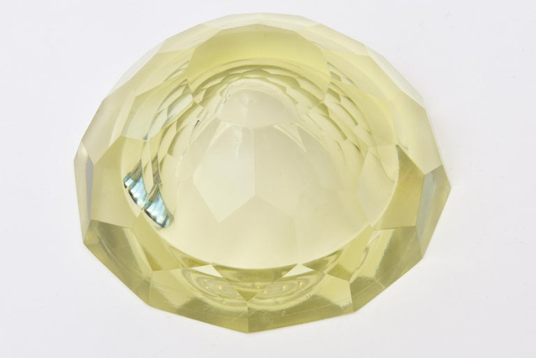 Vintage Italian Murano Diamond Faceted Geode Sommerso Glass Bowl For Sale 2