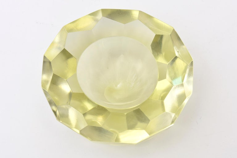 Vintage Italian Murano Diamond Faceted Geode Sommerso Glass Bowl In Good Condition For Sale In North Miami, FL