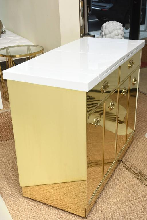 Mastercraft Brass and White Lacquered Wood Dry Bar or Cabinet Vintage For Sale 2