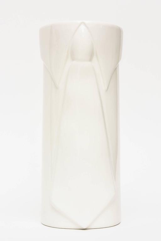 Raymor Off-White Gazed Ceramic Vase Italian Pop Art For Sale 3