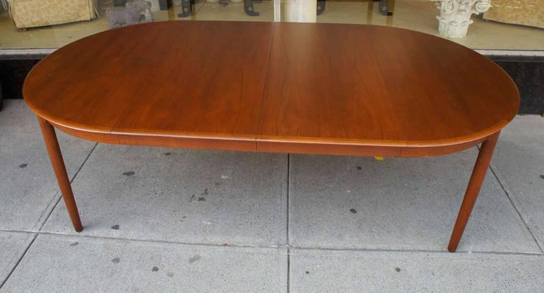 Danish Modern Dining Table in Teak 6