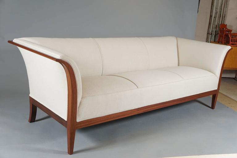 Classic Sofa by Frits Henningsen at 1stdibs