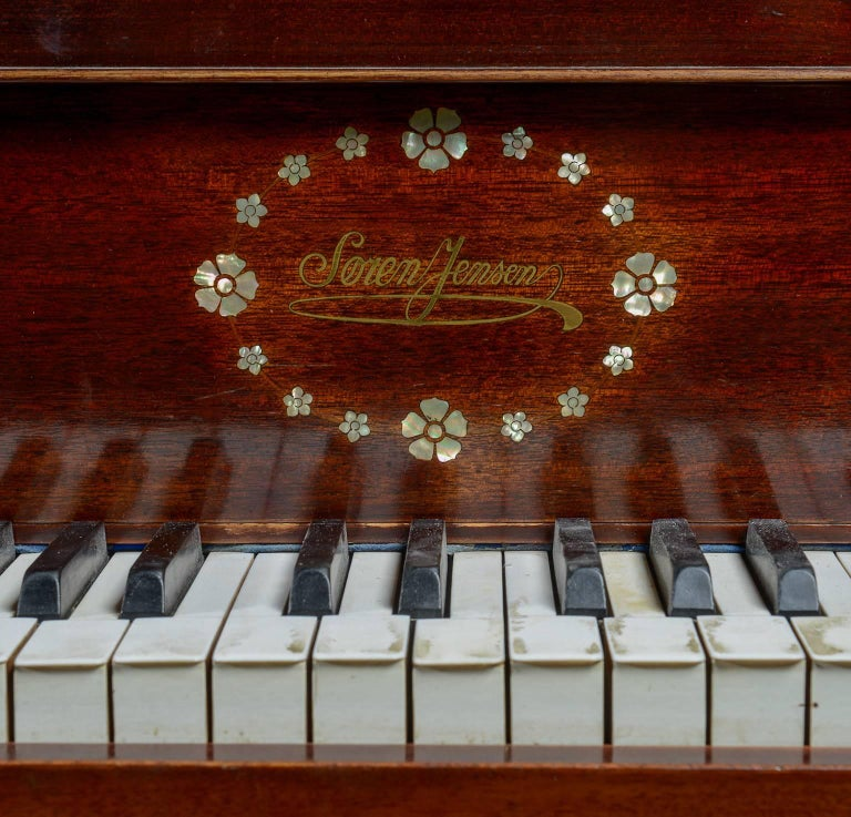 """Baby Grand """"Butterfly' Piano 3"""