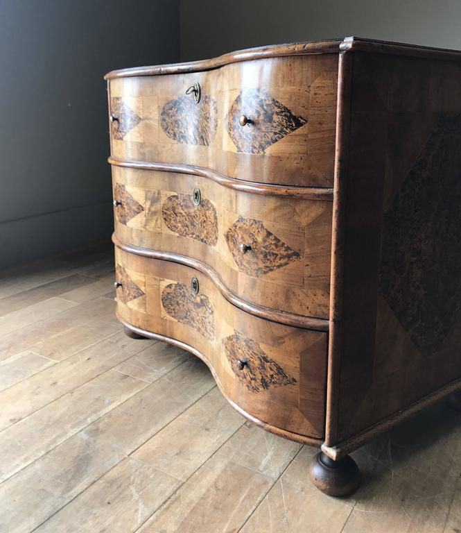 18th Century Burr Root Wood Three Drawer Commode, Bowed Front, Sweden For Sale 1