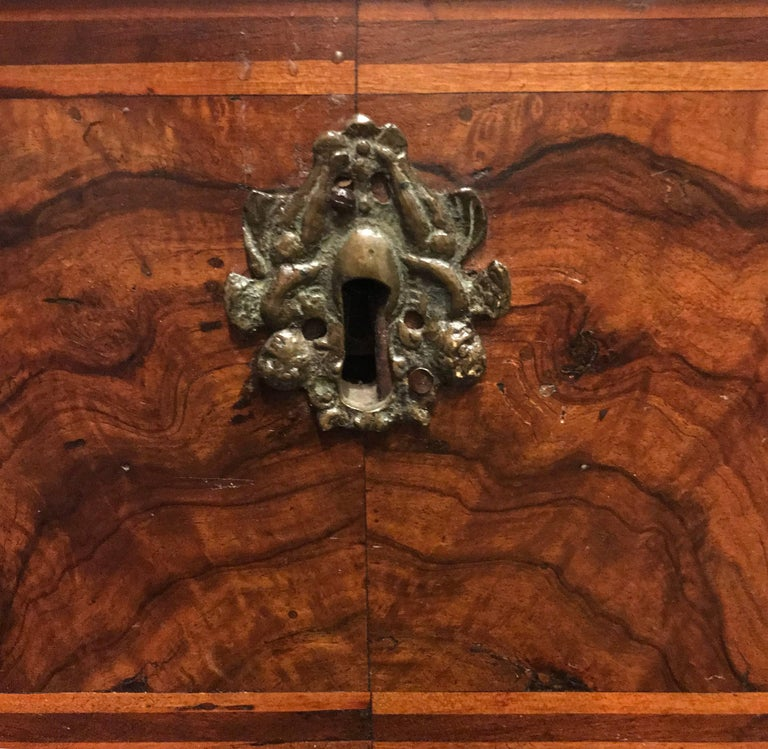 18th Century Three-Drawer Commode, Italy In Excellent Condition For Sale In New York, NY