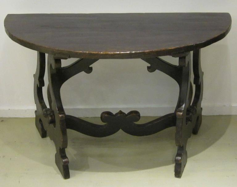 18th Century Pair of Demilune Refectory Tables, Italy 2