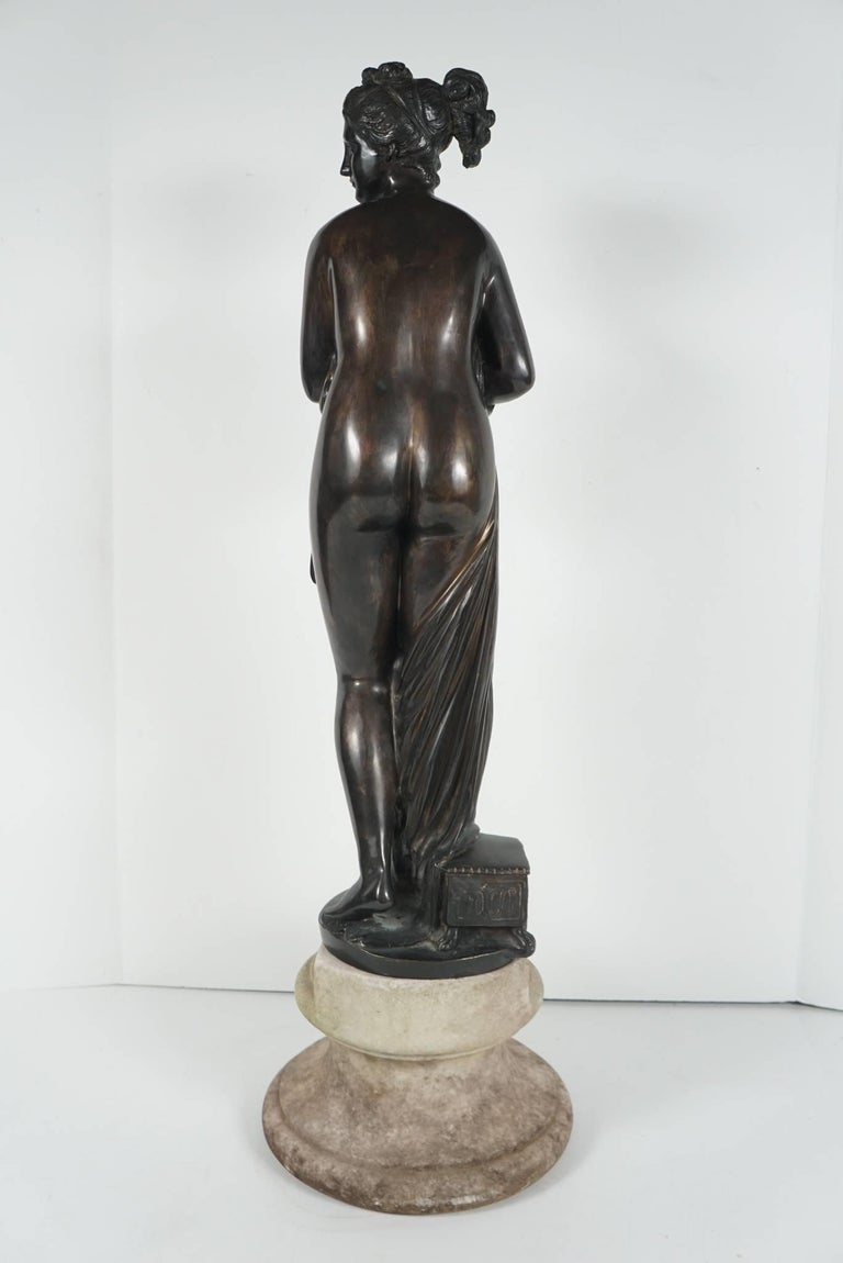 Late 19th Century Bronze Statue of Venus For Sale 1
