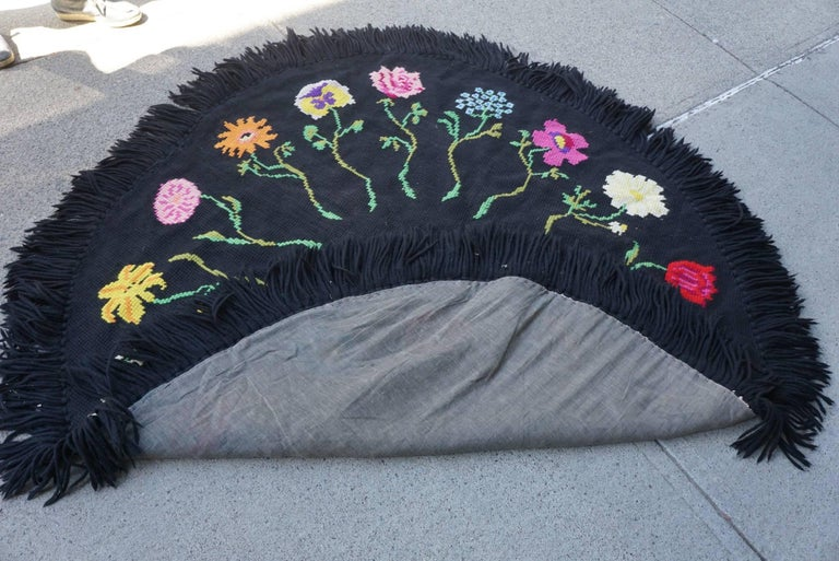 Vintage Hooked Yarn Rug from the Estate of Bunny Mellon 8