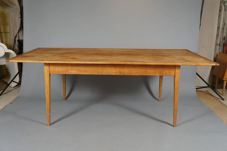 Late 20th Century Large Shaker-Style Farm Table For Sale