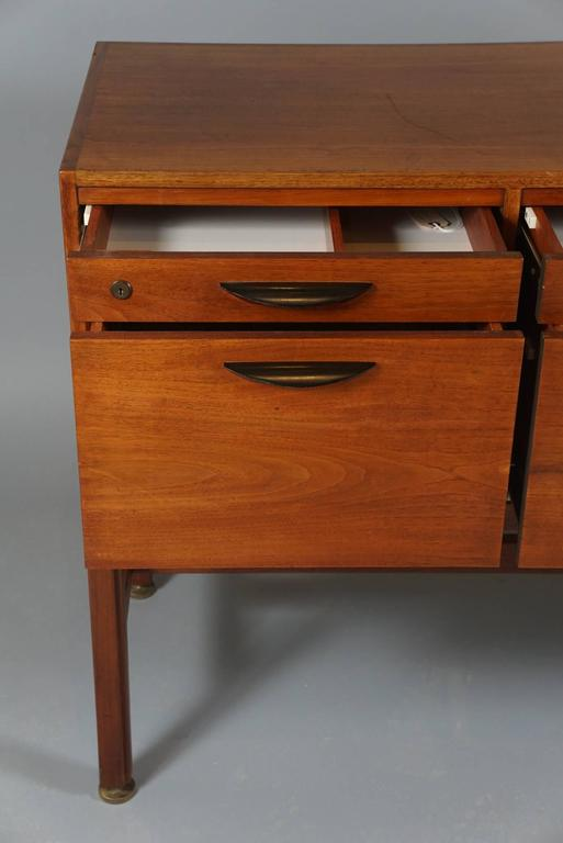 Rosewood Console by Jens Risom 7