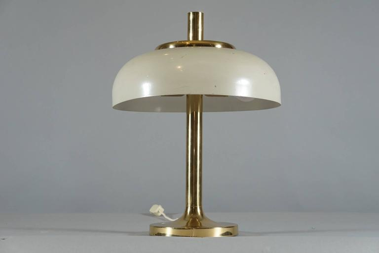 Brass Hildebrand Lamp with Cream Shade 2