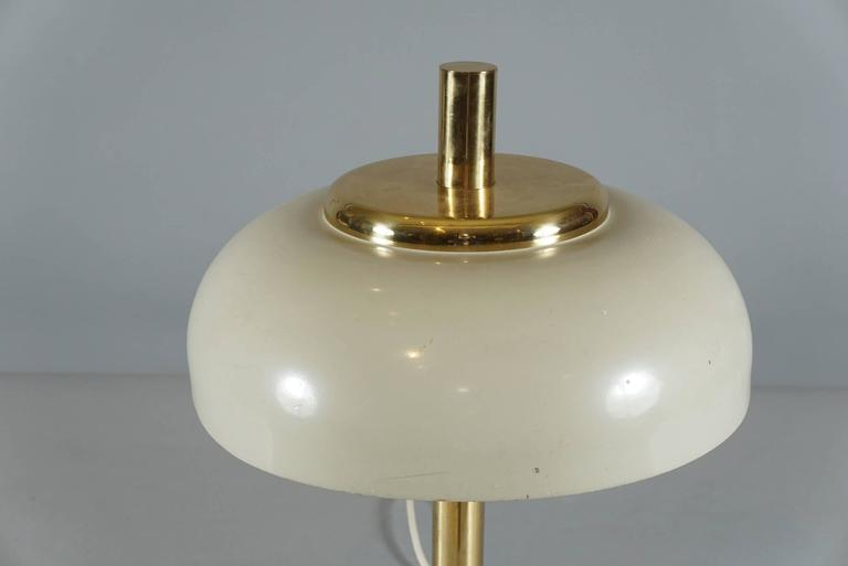 Brass Hildebrand Lamp with Cream Shade 3