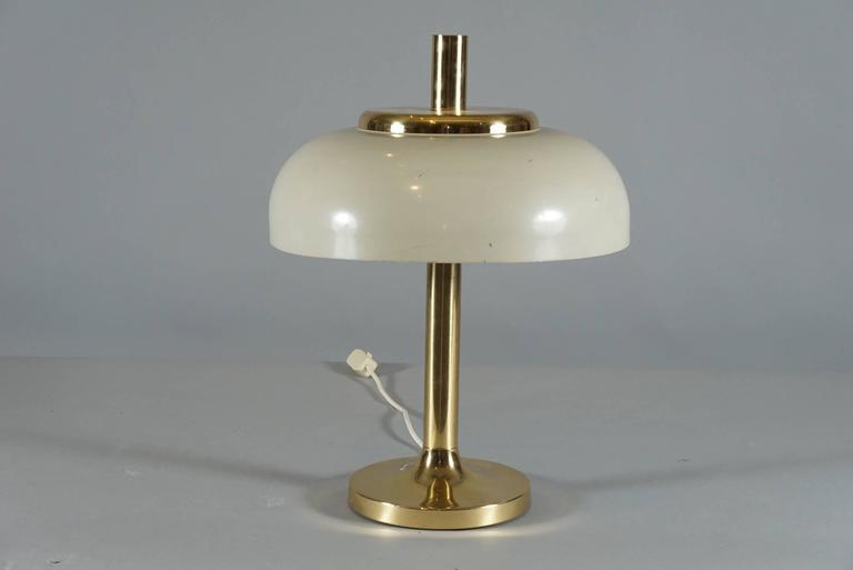Brass Hildebrand Lamp with Cream Shade 4