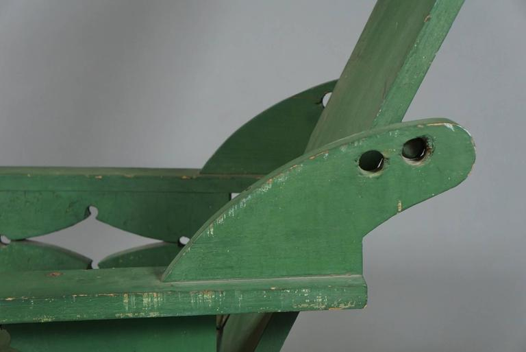 Adjustable Adirondack Chair in Green In Excellent Condition For Sale In Hudson, NY