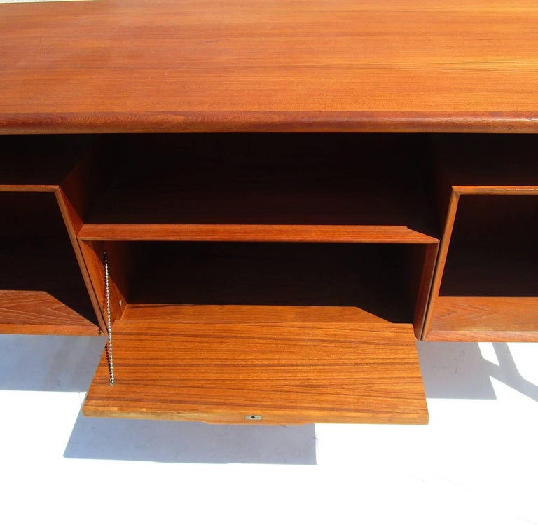 Mid-Century Danish Teak Desk by Gunni Omann 5
