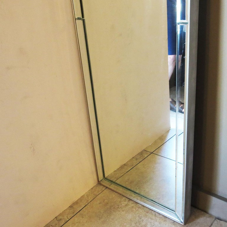Full Length Dressing Mirror with Etched Rams Head Motif In Good Condition For Sale In Los Angeles, CA