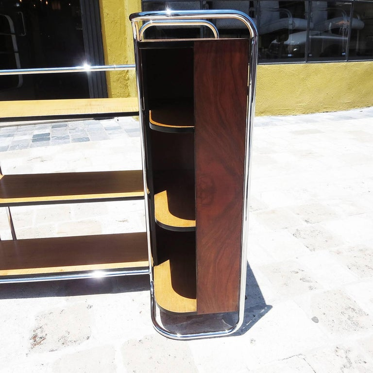 Lacquered Streamlined Art Deco Corner Cabinet Book Shelf in Chrome and Wood For Sale
