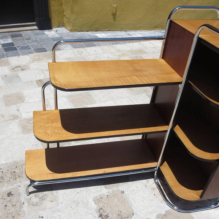 Mid-20th Century Streamlined Art Deco Corner Cabinet Book Shelf in Chrome and Wood For Sale