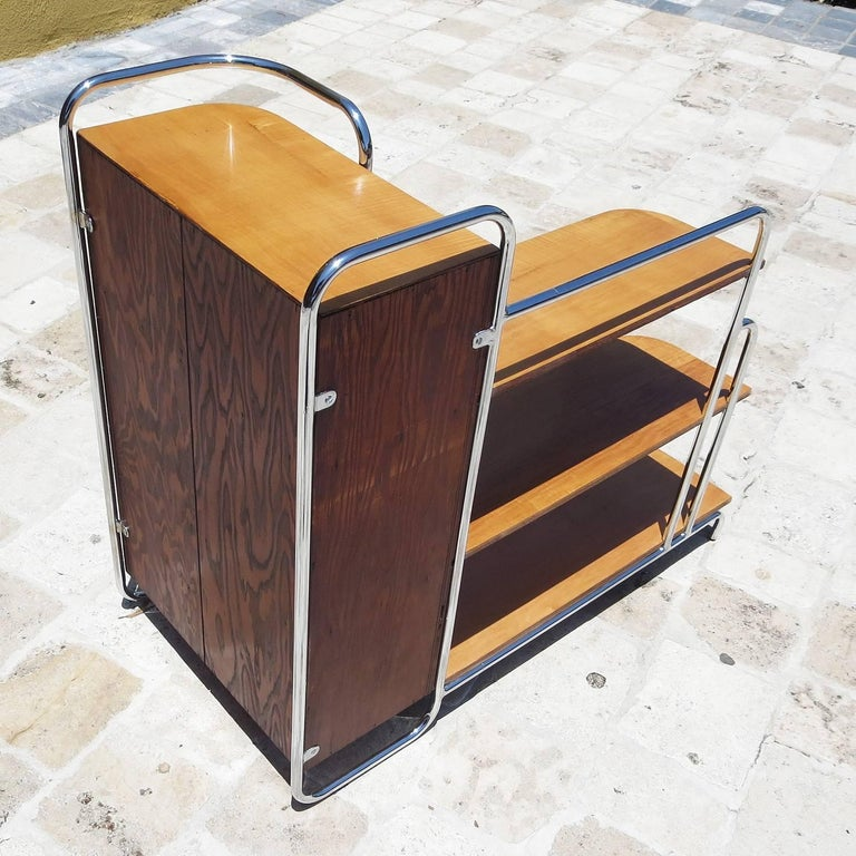Streamlined Art Deco Corner Cabinet Book Shelf in Chrome and Wood For Sale 1