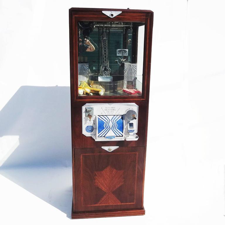 arcade crane claw machine