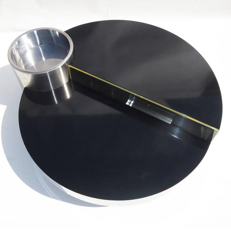 Mid-Century Modern Willy Rizzo Lighted Swing Out Cocktail Bar/Coffee Table for Mario Sabot, 1970 For Sale